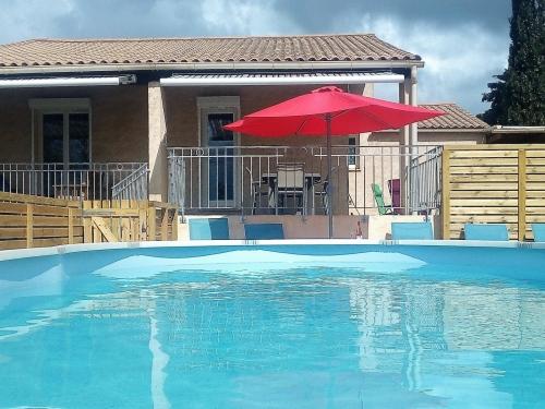 Gite rural Hérault avec piscine