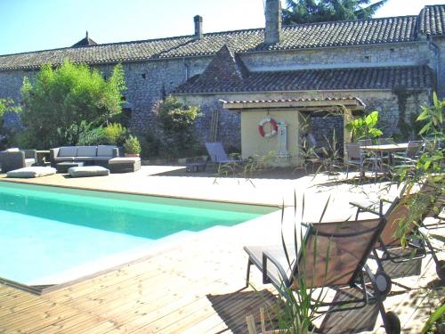 Gite rural Gironde avec piscine